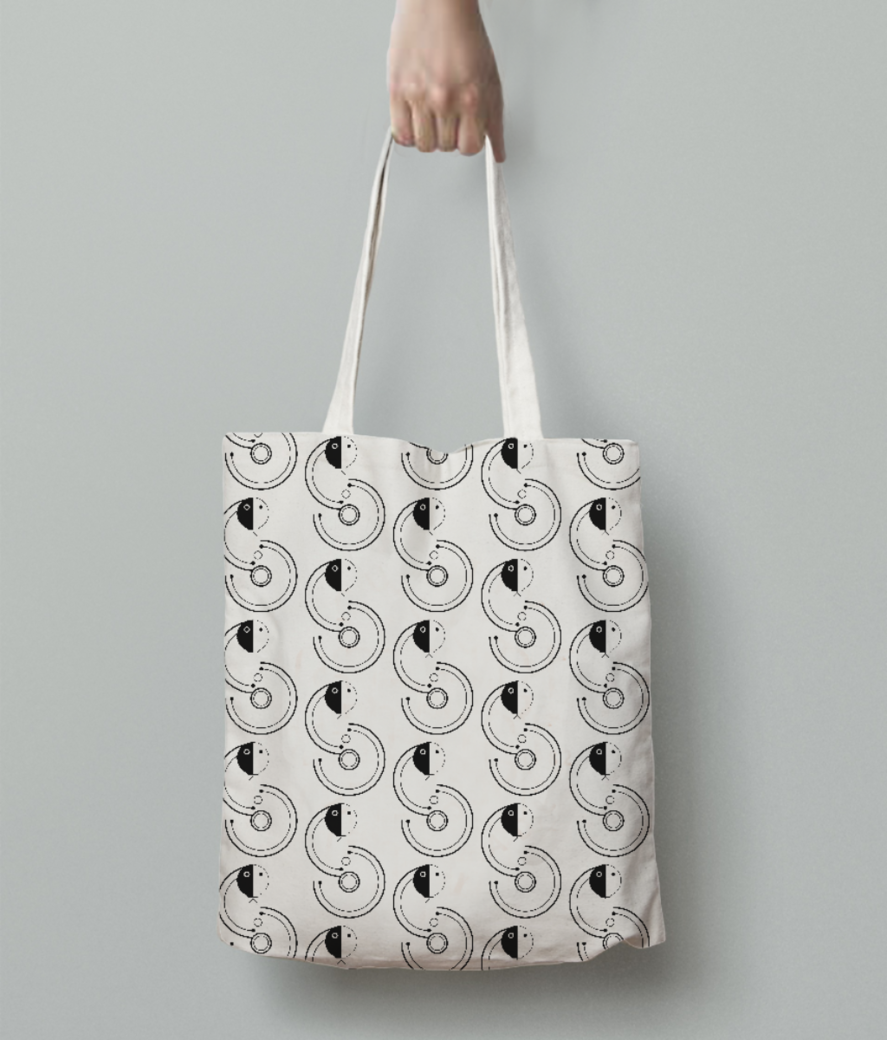 Snake tote bag back
