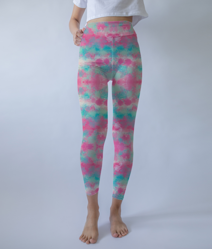 Pink clouds leggings front