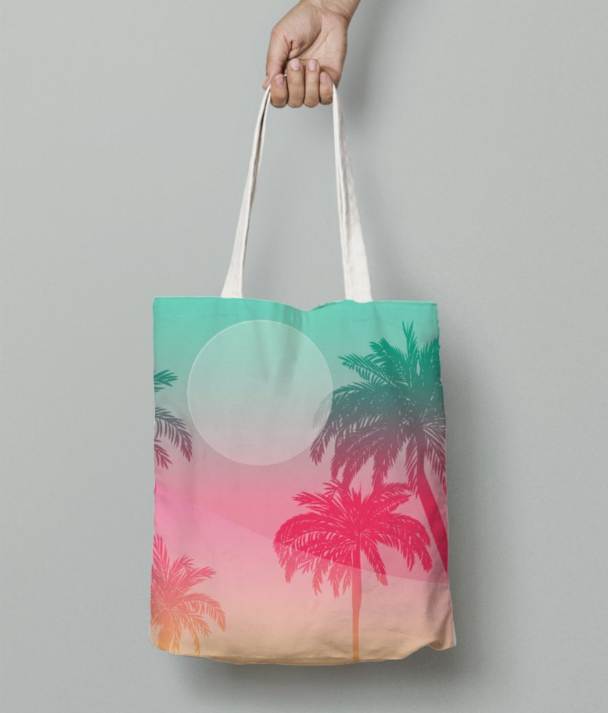 Beach love tote bag front