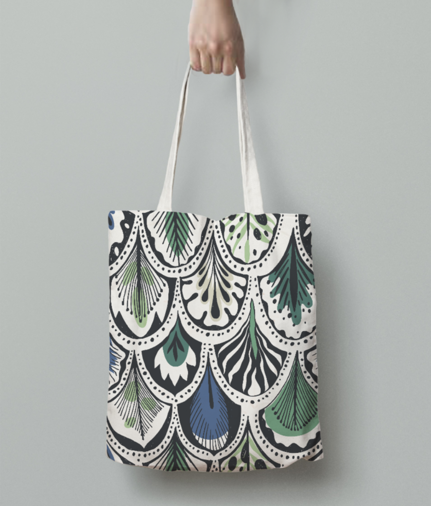 Feather pattern tote bag back